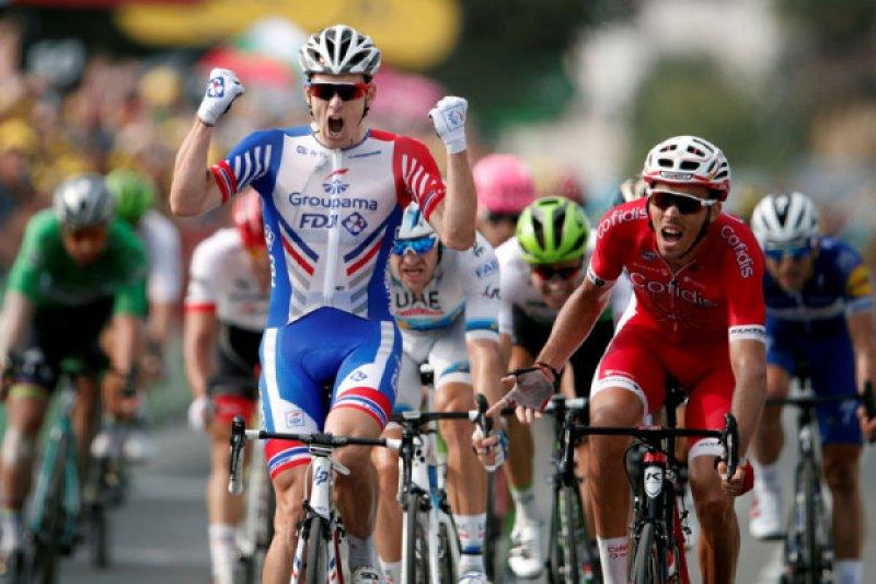 Pebalap sepeda Arnaud Demare jalani operasi pergelangan tangan