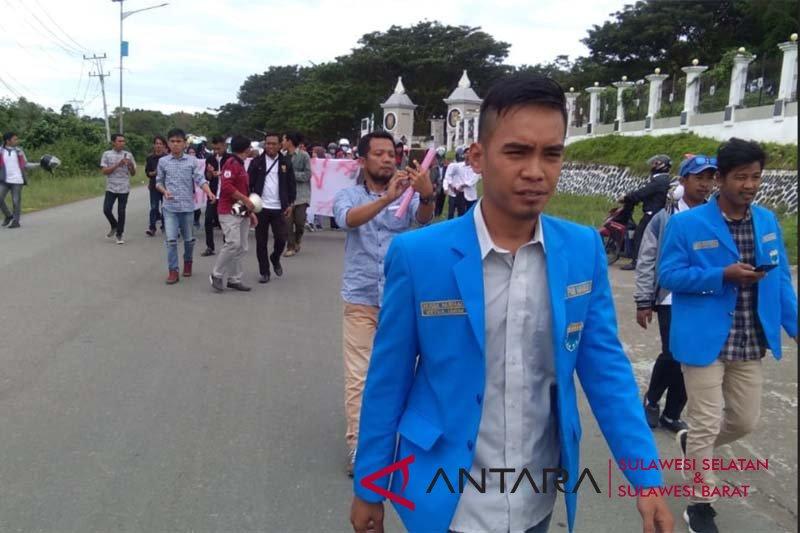 Gubernur Sulbar berjanji segera bayarkan gaji PTT