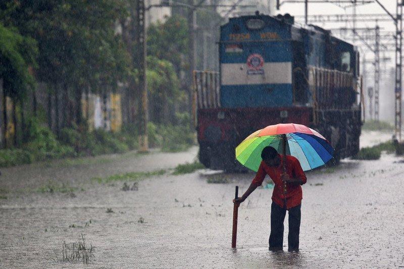 Hujan deras di India 30 orang tewas , ibu kota finansial lumpuh