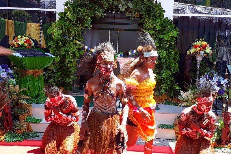 Tambrauw prioritaskan orang asal Papua untuk CPNS