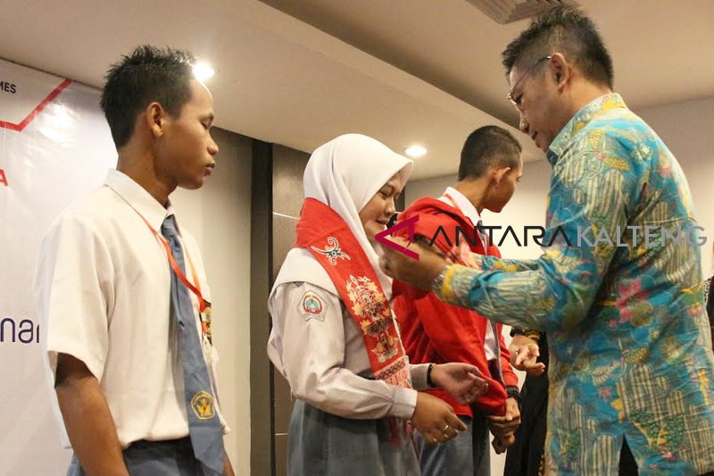 BUMN Hadir - Askrindo lepas peserta SMN Kalteng ke Yogyakarta