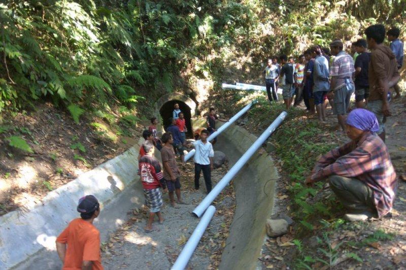 Warga Senaru Lombok Utara krisis air bersih