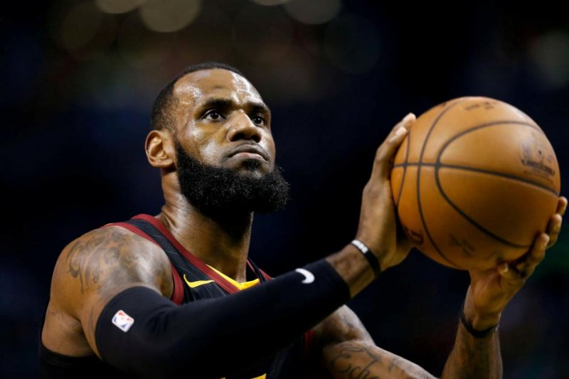 Lebron James bawa Lakers taklukkan Nuggets