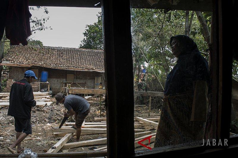 Kodim Garut canangkan program bantu perbaikan rumah