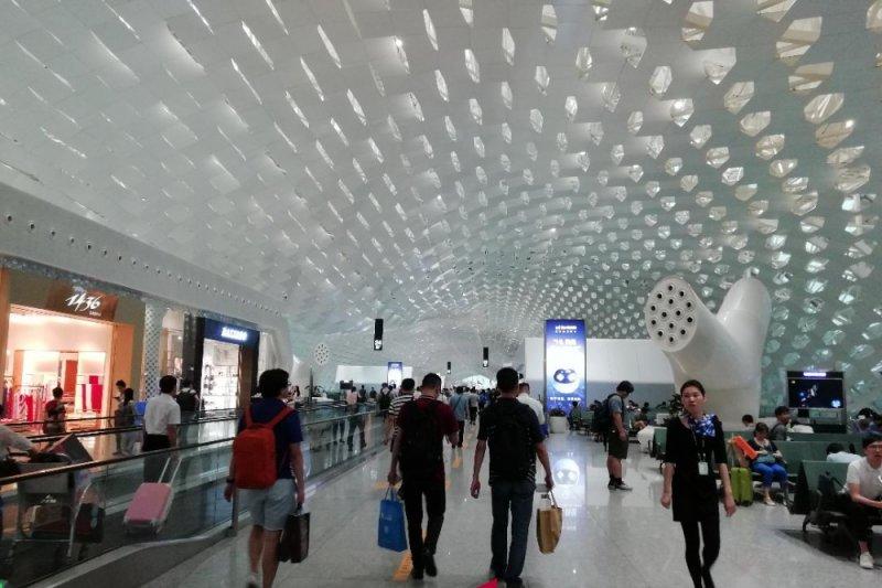 Cuaca buruk kembali tunda penerbangan di Shenzhen