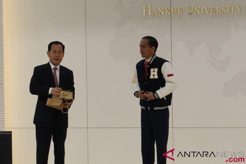 Presiden Moon Jae-in sampaikan selamat kepada Jokowi melalui telepon