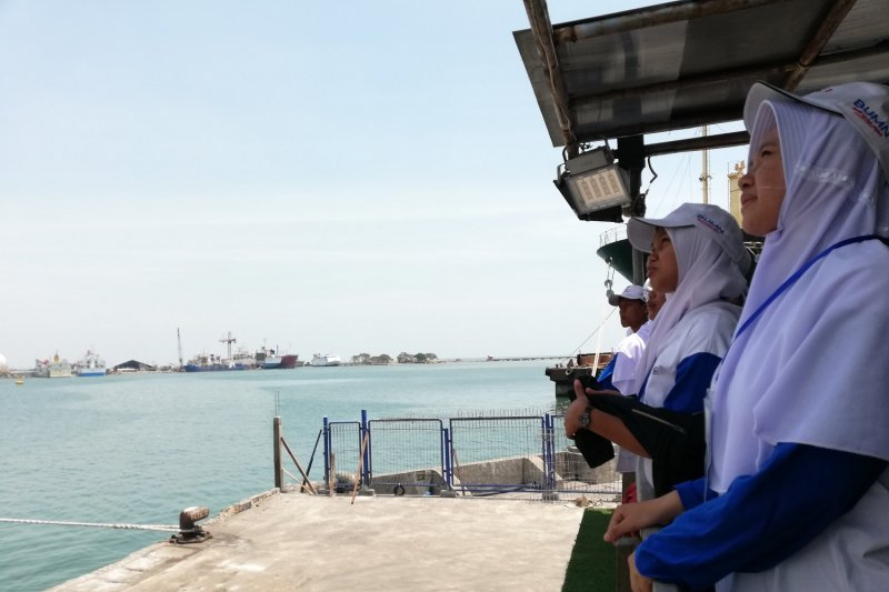 BUMN Hadir - Siswa Kepri optimistis maritim Indonesia bakal maju