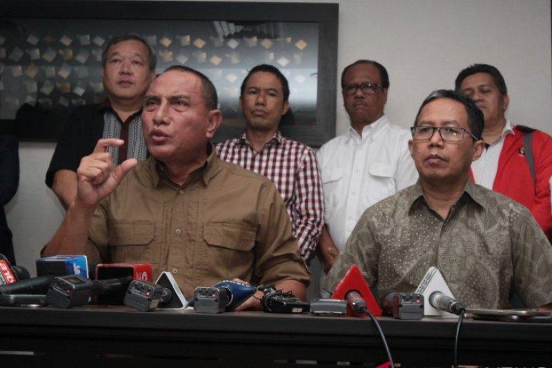 Sepak bola di Indonesia dibubarkan? Ini penjelasan Ketum PSSI