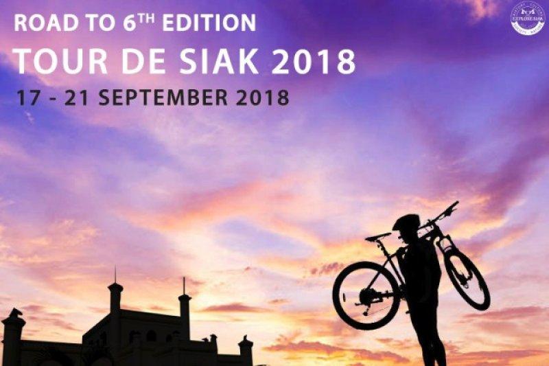 Masyarakat meriahkan sepeda santai Tour de Siak 2018