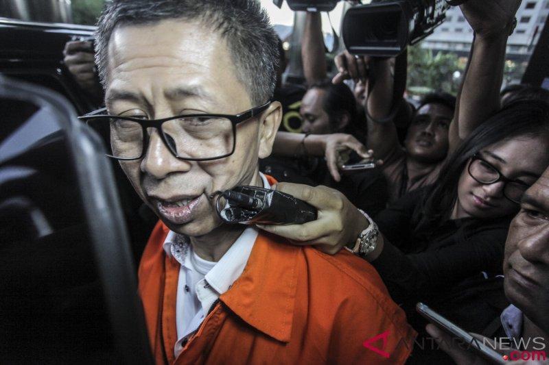 Eks-Kalapas Sukamiskin didakwa terima suap Fahmi Darmawansyah