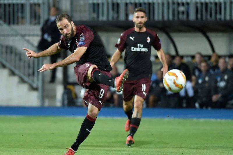 Gol semata wayang Higuain antar Milan kalahkan Dudelange