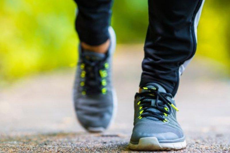 Jalan kaki ekstra 15 menit setiap hari  dapat tingkatkan ekonomi global