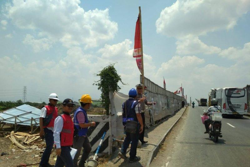 Antisipasi kemacetan, polisi disiagakan di Jembatan Tanggulangin