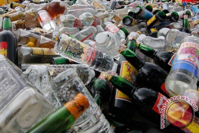 Polres amankan ratusan botol minuman keras