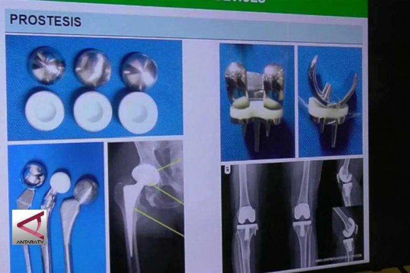 UGM bantu implan penyambung tulang korban gempa