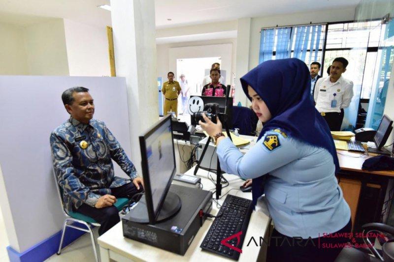 Gubernur puji pelayanan Kantor Imigrasi Makassar