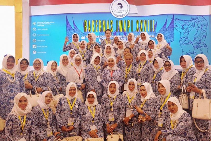 Presiden Jokowi kagum wanita pengusaha Indonesia ekspor produk ke Afrika