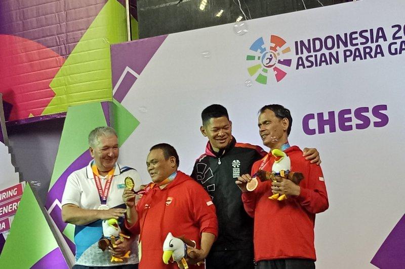 Catur kembali persembahkan lima medali emas