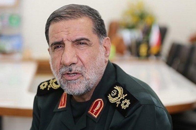 Pasukan elit Iran menggrebek