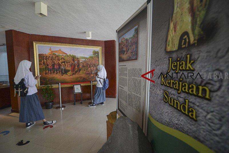 Disparbud Jabar susun kebijakan sektor pariwisata pasca COVID-19
