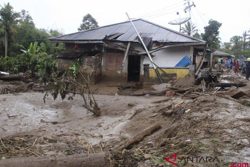 Kementerian PUPR bantu korban banjir Tanah Datar