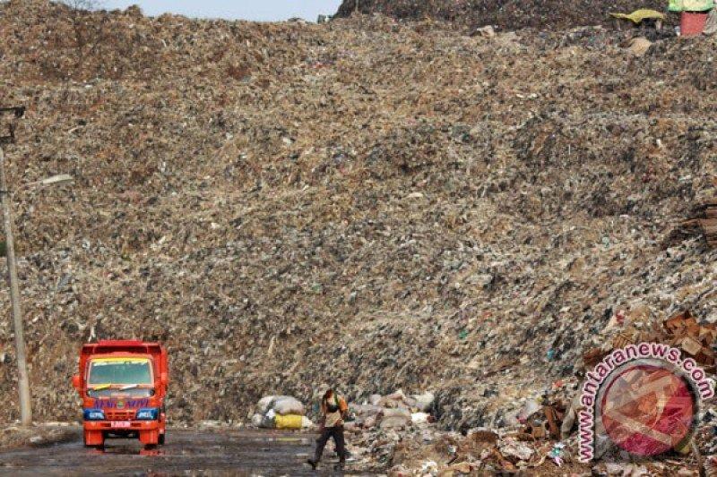 Sampah Jakarta dibuang di Bantargebang Bekasi capai 300 juta meter kubik