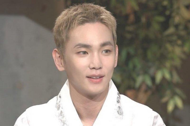 Salah satu personel SHINee, Key akan bersolo karier