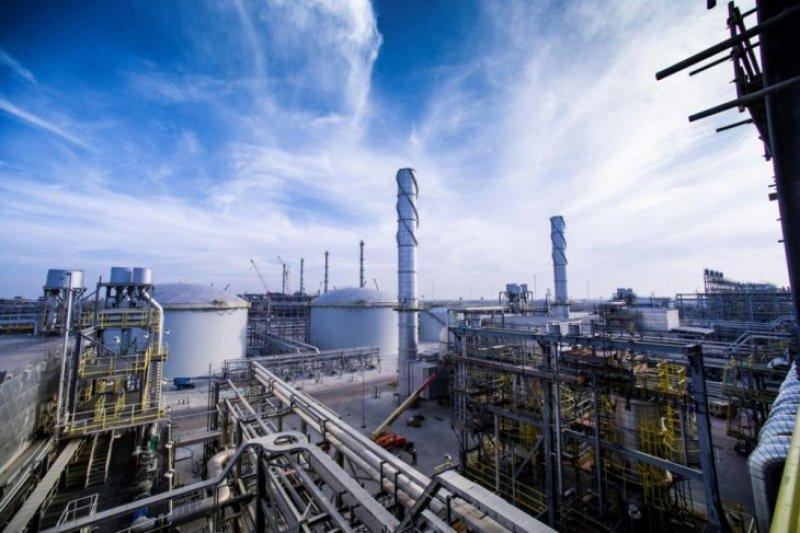 Harga minyak melonjak setelah keluar data stok AS