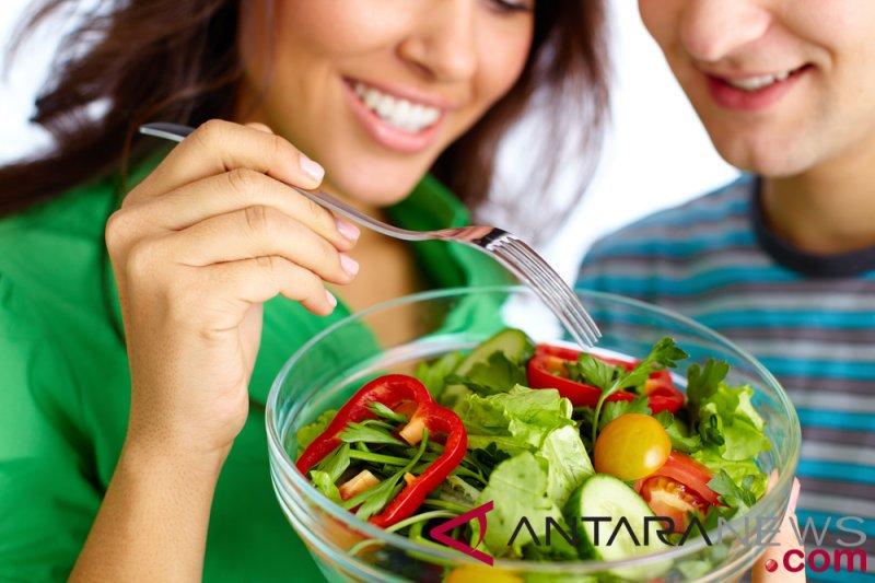 Perhatikan pola makan di usia 40 tahunan