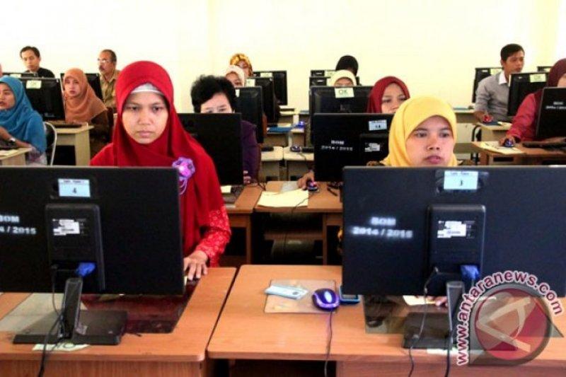 Jokowi: Guru terampil harus lebih banyak ketimbang normatif