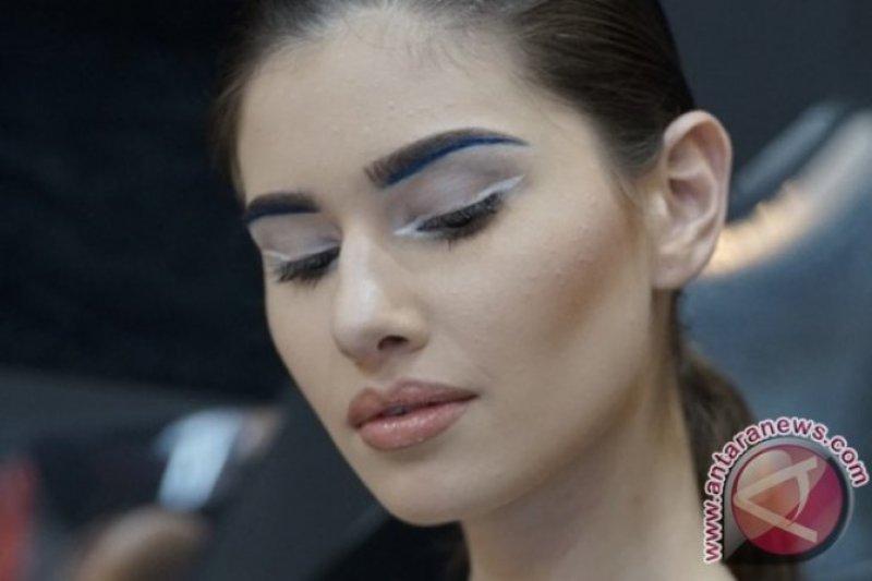 Fungsi dan cara penggunaan eyeliner putih