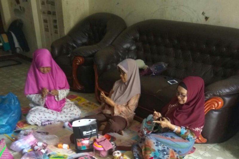 Ibu rumah tangga, salah satu bentuk emansipasi