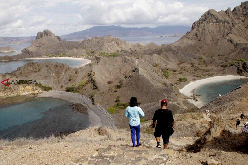 Bupati: Kaji kembali rencana penutupan Pulau Komodo