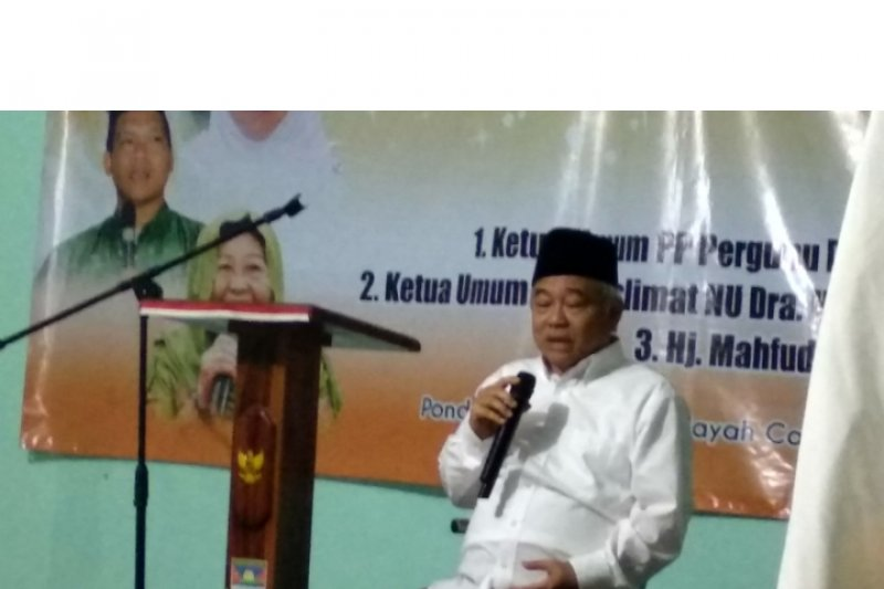 Kiai Asep: Pilih pemimpin takut Allah, ya Jokowi