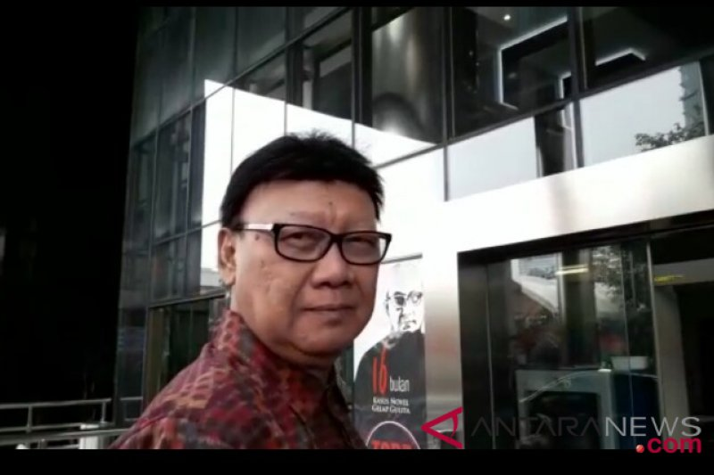 Tjahjo Kumolo nilai isu KTP WNA sengaja dimunculkan jelang Pemilu 2019