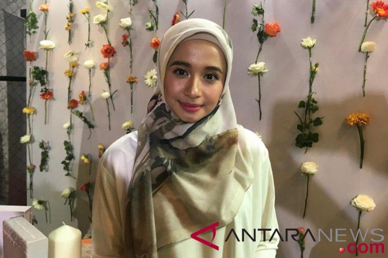 Laudya Cynthia Bella Bakal Gelar Fashion Show Di London Tahun Depan Antara News Kepulauan Riau
