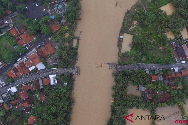 Kemensos salurkan Rp962 juta untuk banjir Tasikmalaya