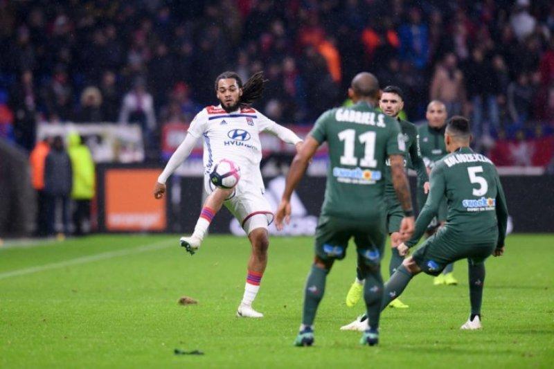 Kalahkan St Etienne, Lyon ke peringkat kedua klasemen