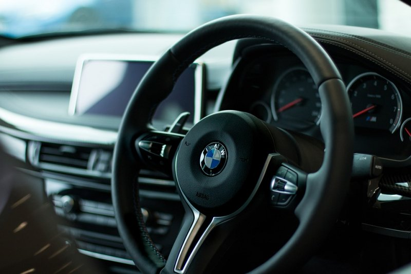 Bursa Jerman ditutup, saham BMW melonjak
