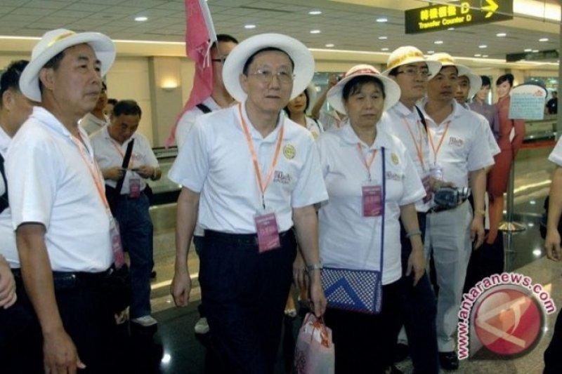 Khawatir Virus Corona, kunjungan turis China ke Tanah Datar dibatalkan