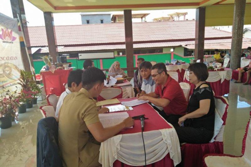 IKI dan yayasan Abhikkanta fasilitasi akta kawin di Sambas