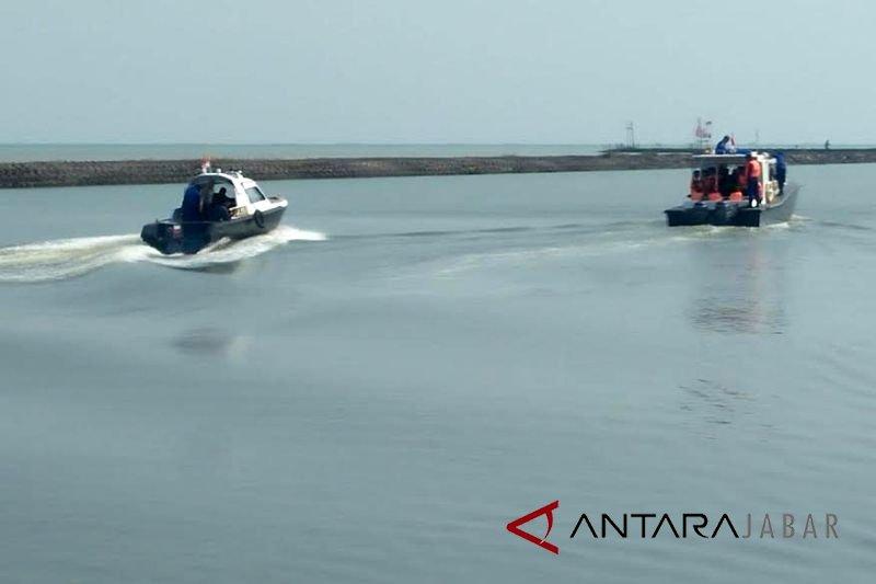 TNI-Polri Cirebon ikut sisir perairan Indramayu