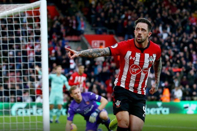 Cetak dua gol untuk kalahkan Arsenal, Ings puji para pengumpan