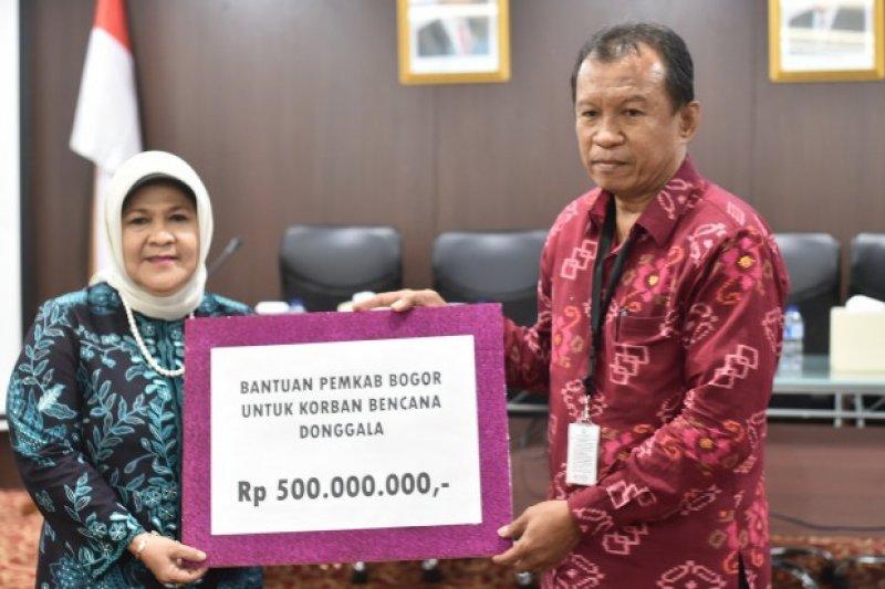 Pemkab Bogor serahkan bantuan korban gempa Donggala