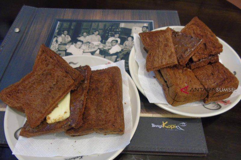 Paduan kenikmatan Melacca Portuguese Toast dan Lemon Grass Bangi Kopi