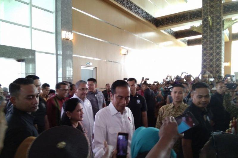jokowi janjikan dana kelurahan dibagikan pada 2019