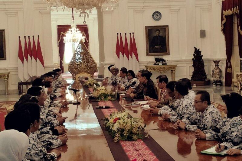 Presiden minta masukan PGRI soal guru honorer, pembangunan SDM