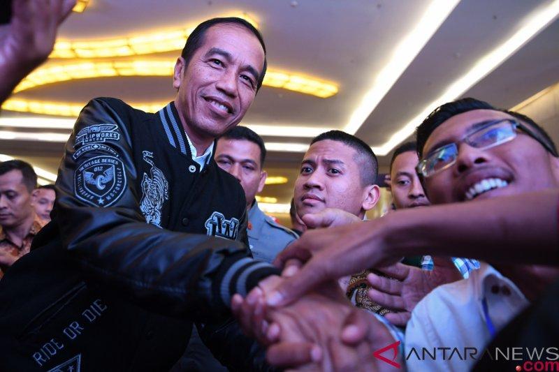 Jokowi beri pengarahan Relawan Sahabat Rakyat KTI