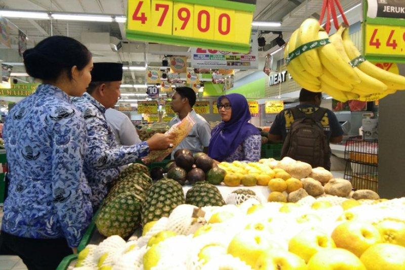 Satgas Pemkot Bandarlampung Sidak Supermarket
