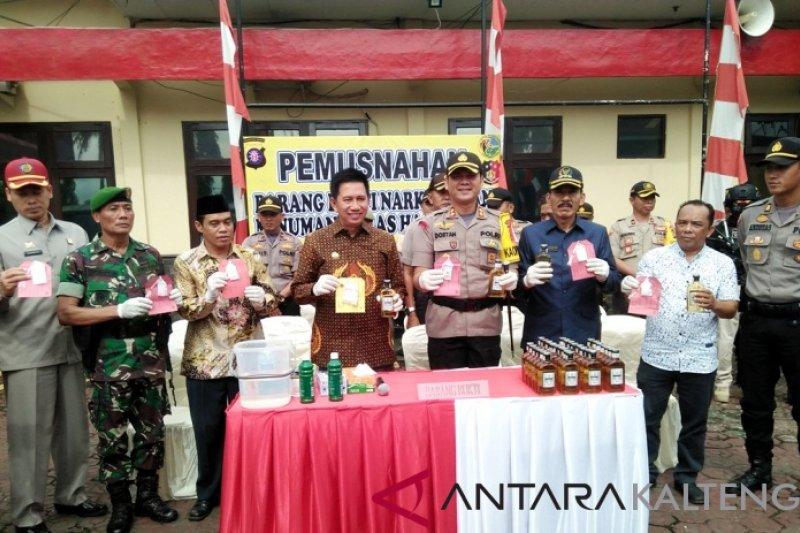Barbuk narkoba dan minuman keras dimusnahkan di Polres Barito Utara